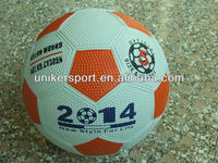 Cheap Size 5 Rubber Soccer Ball/Football/Pebble Surface