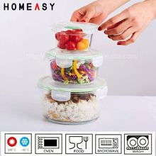 cylindrical borosilicate lunch box for containing the food