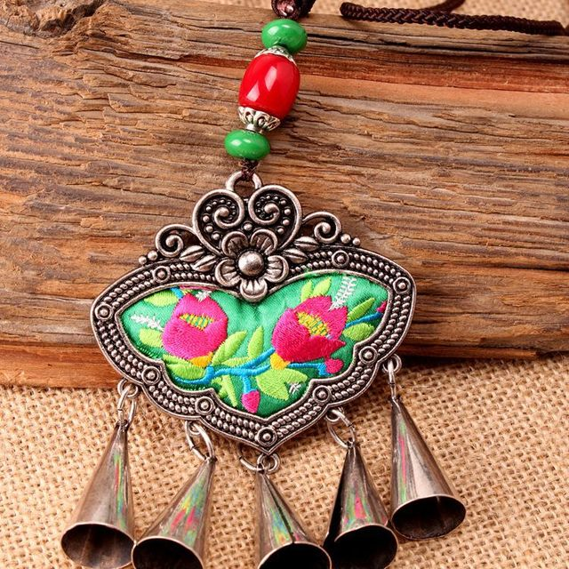 2018 Chunky Leather Squash Blossom Necklace Fashionable New Design Necklace Tribal Leather Necklace Chunky
