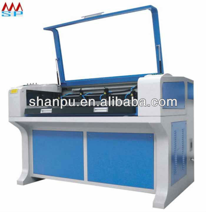 Slipper Four Heads Laser Cutting / Engraving Machine (TY-1480BF) for cloth