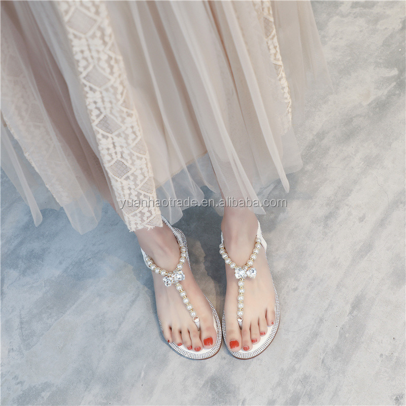 2018 New Arrivals Women Flat Sandals T-Strap Beige Pearl With Rhinestones Lvory Pearls Wedding Sandals For Brides And Bride