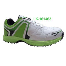 2016 adult cricket shoes rubber spike sole professional cricket shoes series high strength upper