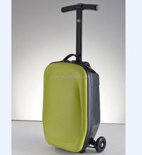 2018 new design three wheels suitcase scooter