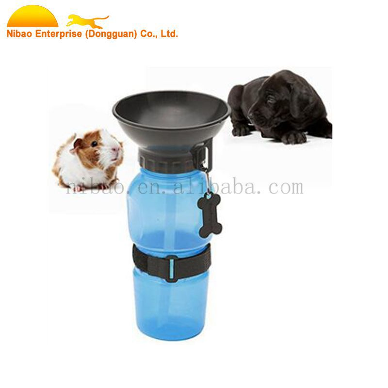 Squeeze portable pet drinking bowl