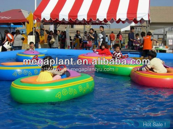 high quality amusement park bumper boat for sale