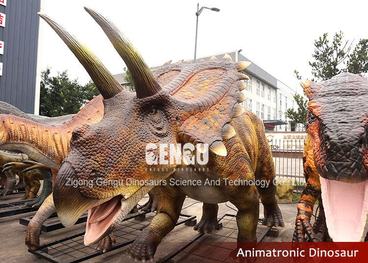 Playground Equipment 3D Artificial Dinosaur Triceratops