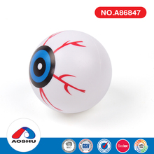 Hot selling interesting blow molded eyeball 2017 halloween for party