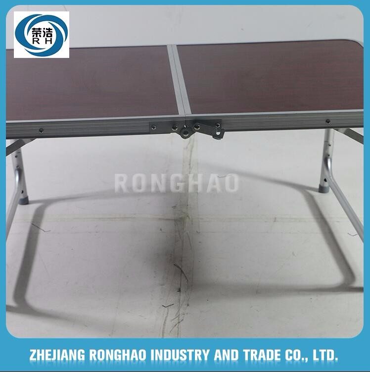 2017 new china supplier reasonable price small portable folding table