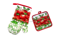 2pcs kitchen set apple design in cotton oven mitt and pot holder