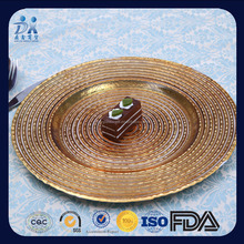 2017 new designed Wooden Line radiation glass charger plates