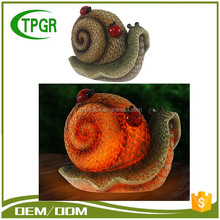 China Import Items Decor For Home Resin Craft Leaf Snail Garden Led Solar Light