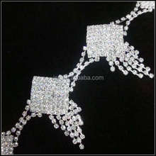 golden plated rhinestone Chain with rhinestone suitable for garment,shoes,belt decoration