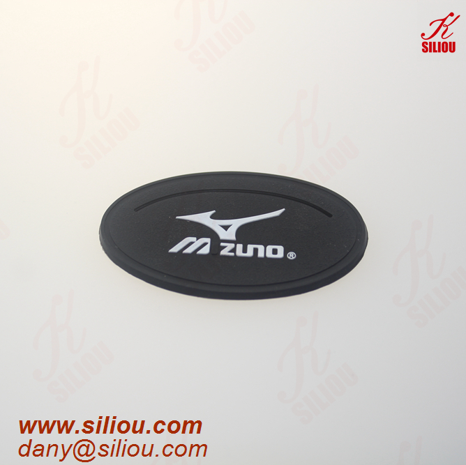 rubber patch for garment logo embossed silicone label