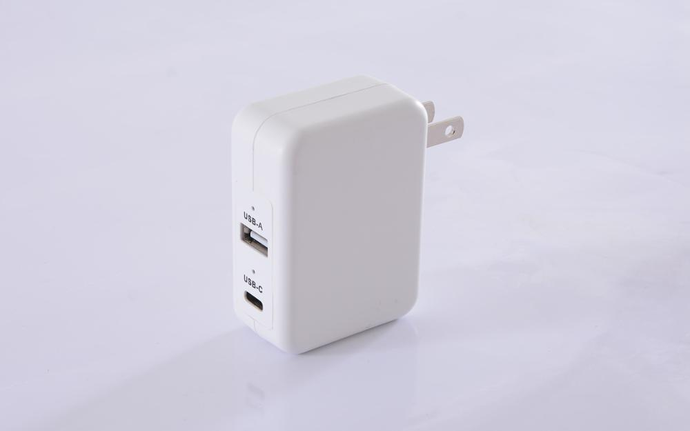 30W Smart Dynamic Power Allocation Adapter embedded Type-C PD & QC3.0