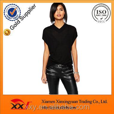 Simple women clothing black dry fit polyester v-neck t shirt with wholesale price