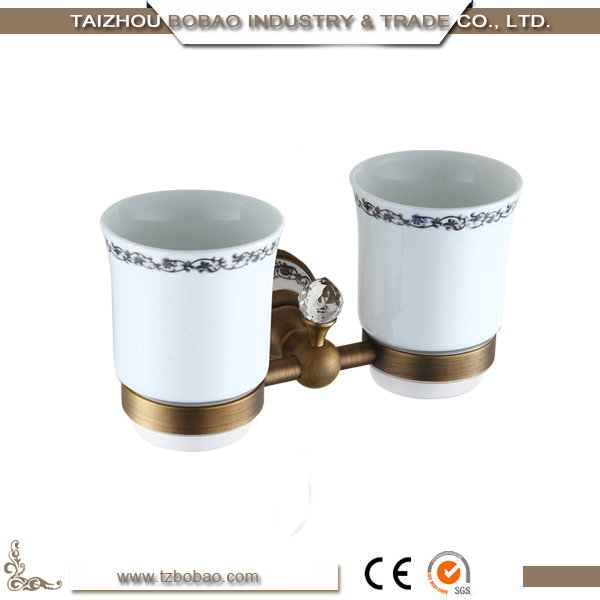 Royal Wall Mounted Bathroom Accessory White Ceramic And Bronze Bathroom Accessory Sets Buy