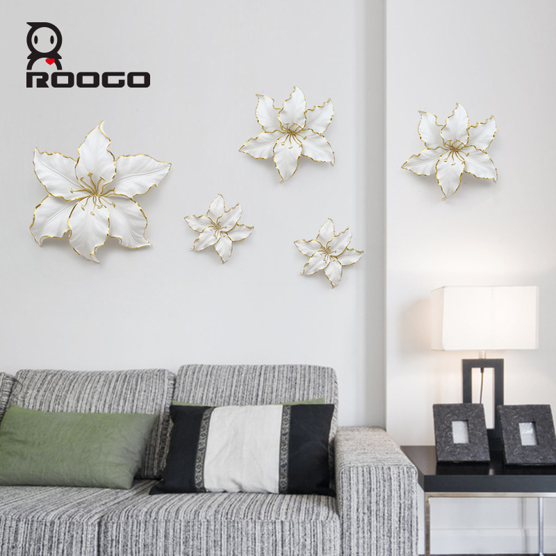 Wholesale ROOGO Cheap handmade abstract modern resin lily wall hanging <strong>art</strong>