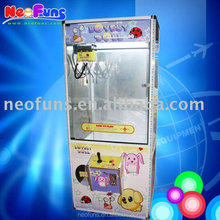 2014 Novel and unique Lovely Doll Toy Crane Machine