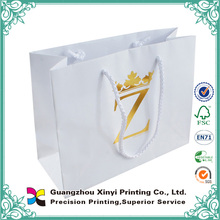 Hot sale fashion design t-shirt packaging paper bags with hot stamping