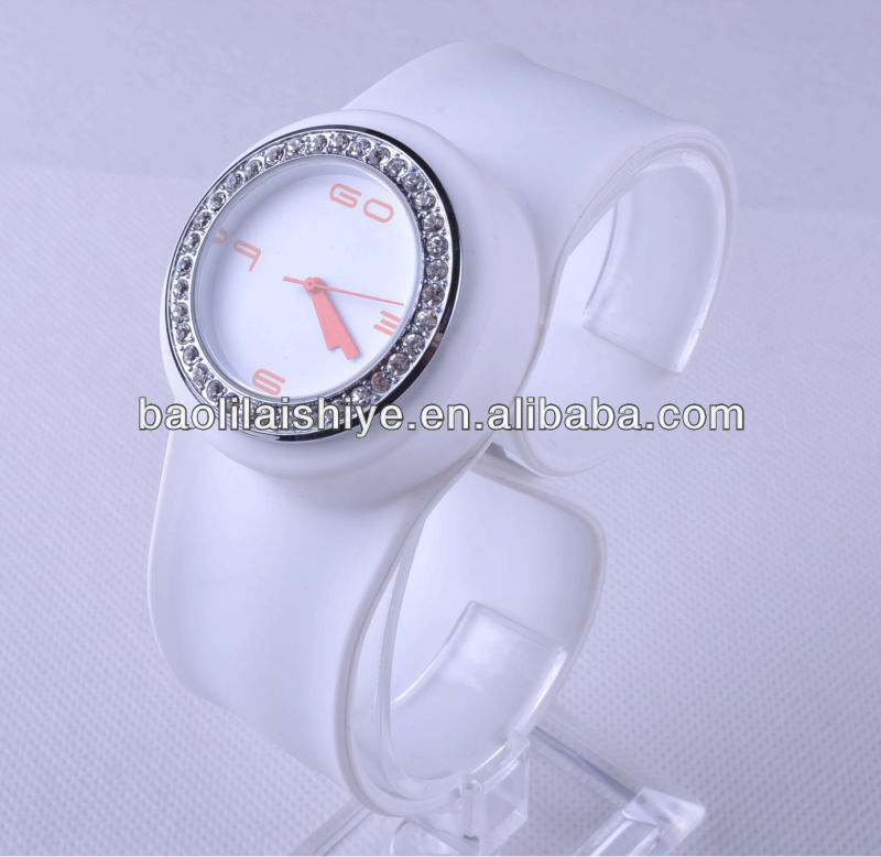 Well-formed bling silicone white colour watches best price slap watch the latest design brand watches