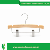 New design fashion low price wood clothes hanger rack