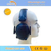 Custom Logo Protective Electronic Ear Muffler in Ear