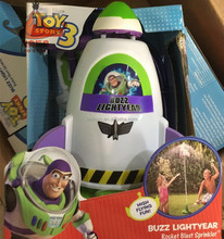 Toy Story 3 Woody Buzz Lightyear rocket blast sprinkler Action Figures