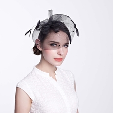 Wholesale Elegant Hair Accessories White Feather Church Base Sinamay Fascinator Perfume