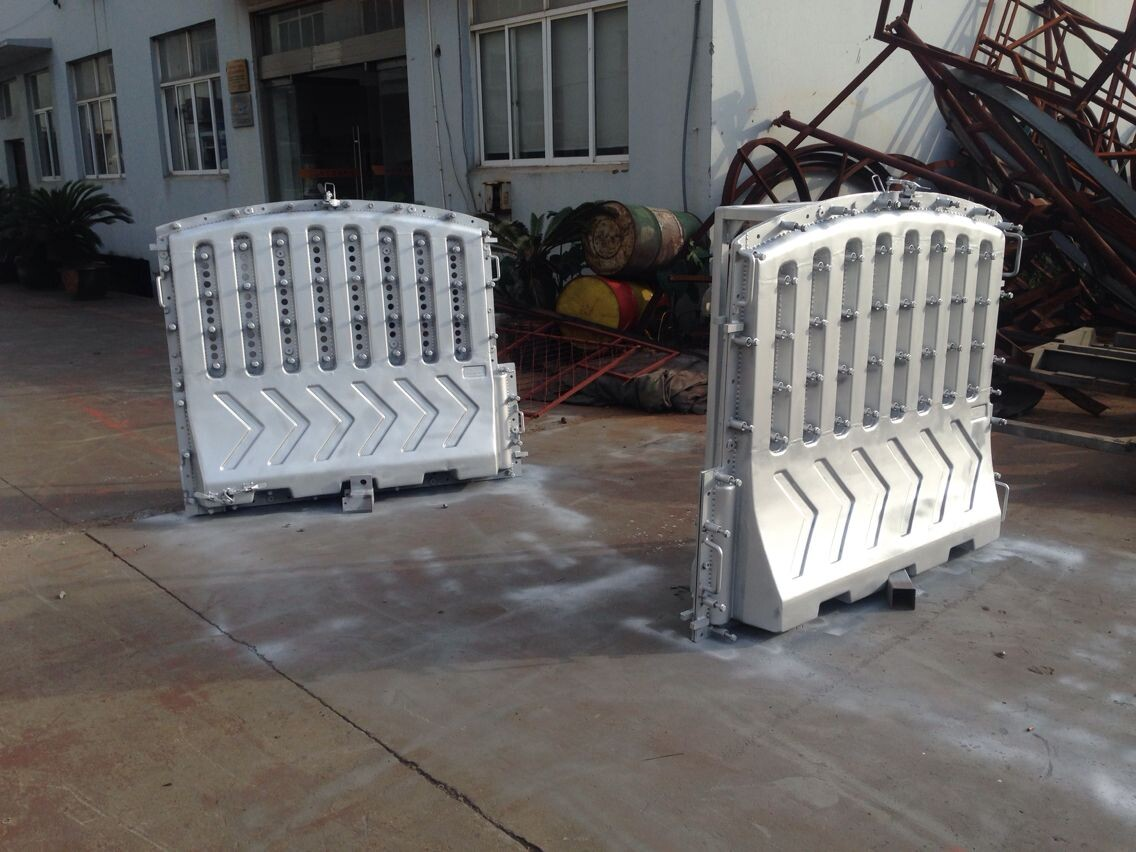 china plastic products factory road plastic barricade mold
