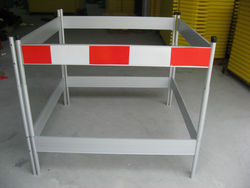 China Manufactures Cheap Price ! Black & Yellow Plastic Road Parking Barrier