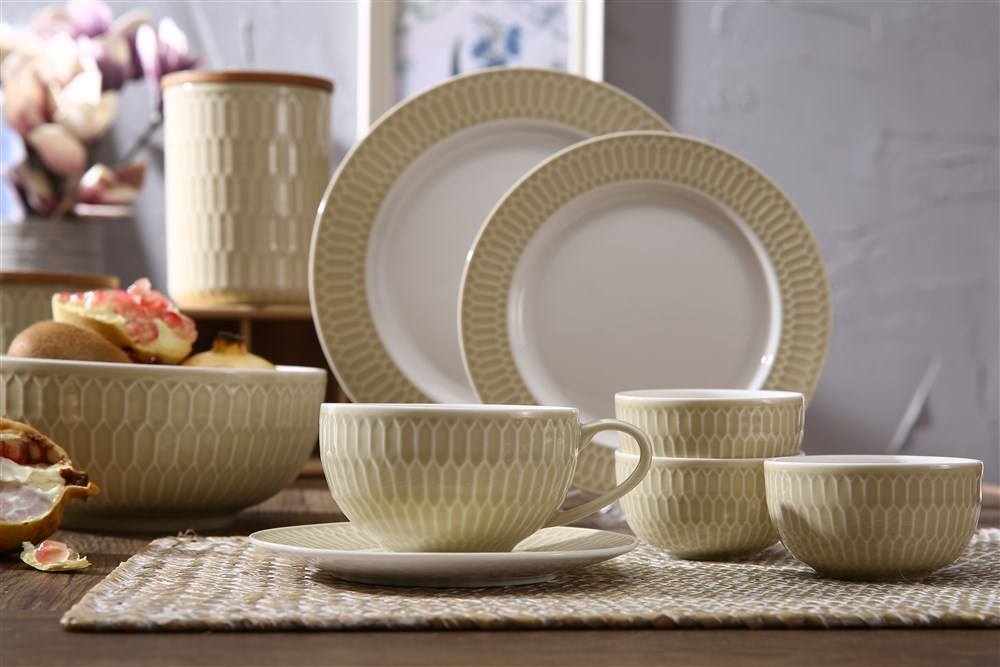 New design embossed two tone new bone china dinnerware sets