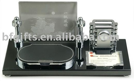 wooden desktop set,pen cup,office stationery set,clock