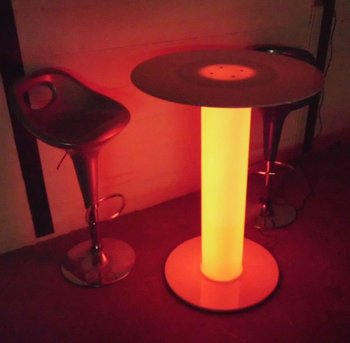 Light Up Circle Table