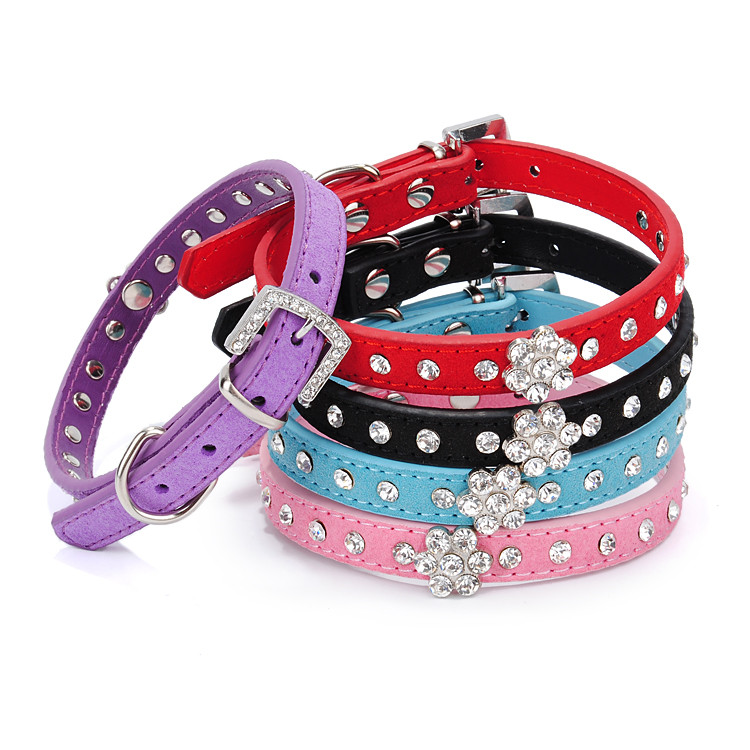 Pet Accessories Wholesale China Fake Diamond Studded PU Dog Collars