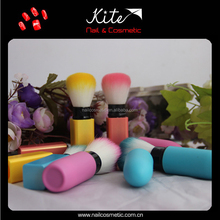 Kite new products 2015 producto innovador short mango de cepillo del maquillaje