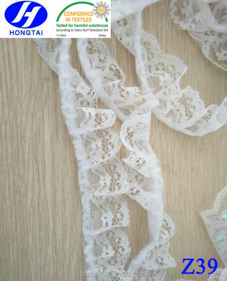 Gorgeous One Side Gather Scollop Off-white Floral Lace Trim