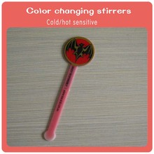 New plastic color changing cocktail stirrers