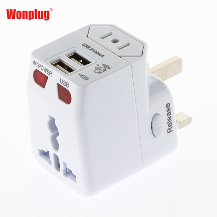 Italy universal multi plug adapter travel charger from Wonplug Patent CE RoHS approved