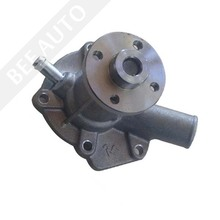 Kubota D950 Diesel Engine Water Pump
