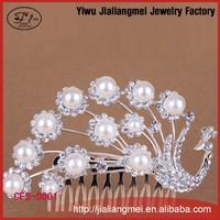 Yiwu peacock design elegant jewelry rhinestone hair combs wedding