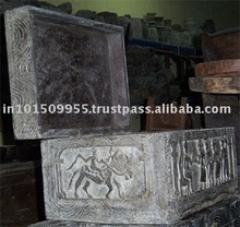 Handmade Traditional tribal wooden box At buy best prices on india Arts Palace