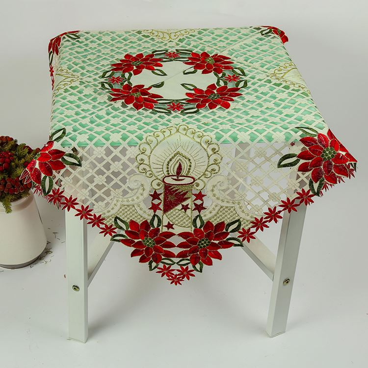 Top fashion superior quality recyclable embroidery christmas table cloth