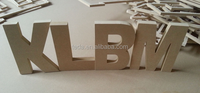 Stand wooden free standing letters for home decoration