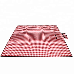 2018 Best Sale Quality Camping Beach Blanket Mat Waterproof Picnic Blanket
