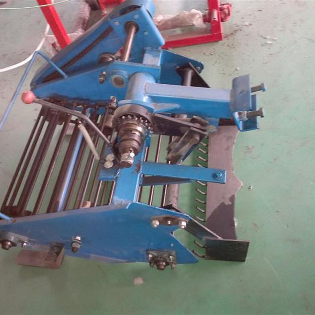 Agricultural Machinery combine harvester sweet potato digger/ potato harvester for tractor