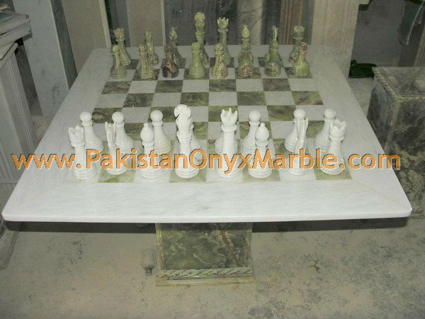 onyx-chess-boards-set-checkers-red-onyx-green-onyx-white-onyx-figures-20.jpg