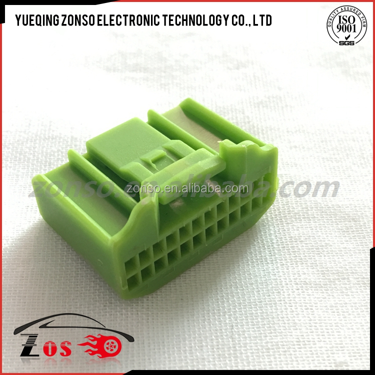 24 pin female green auto connector