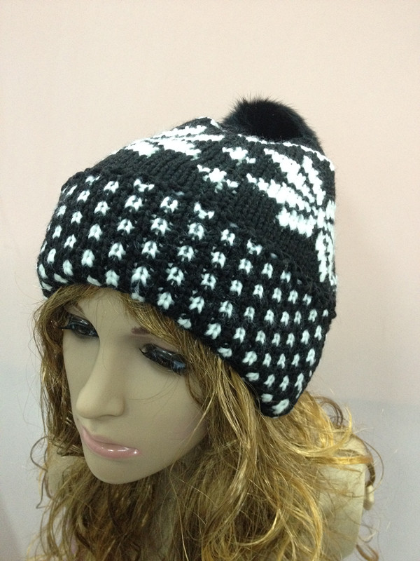Womens Chunky Cable Knit Winter Warm Ski Bobble Beanie Hat