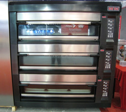 Energy Saving Luxury series 3 deck 6 trays commercial steam oven in Guangzhou