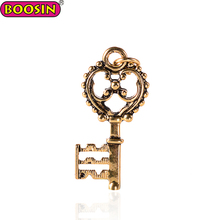 Jewelry antique Tibetan gold palm accessories key pendant charm